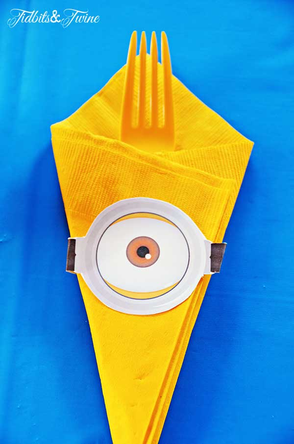 TIDBITS-TWINE-Minion-Eye-Utensil-Decorations
