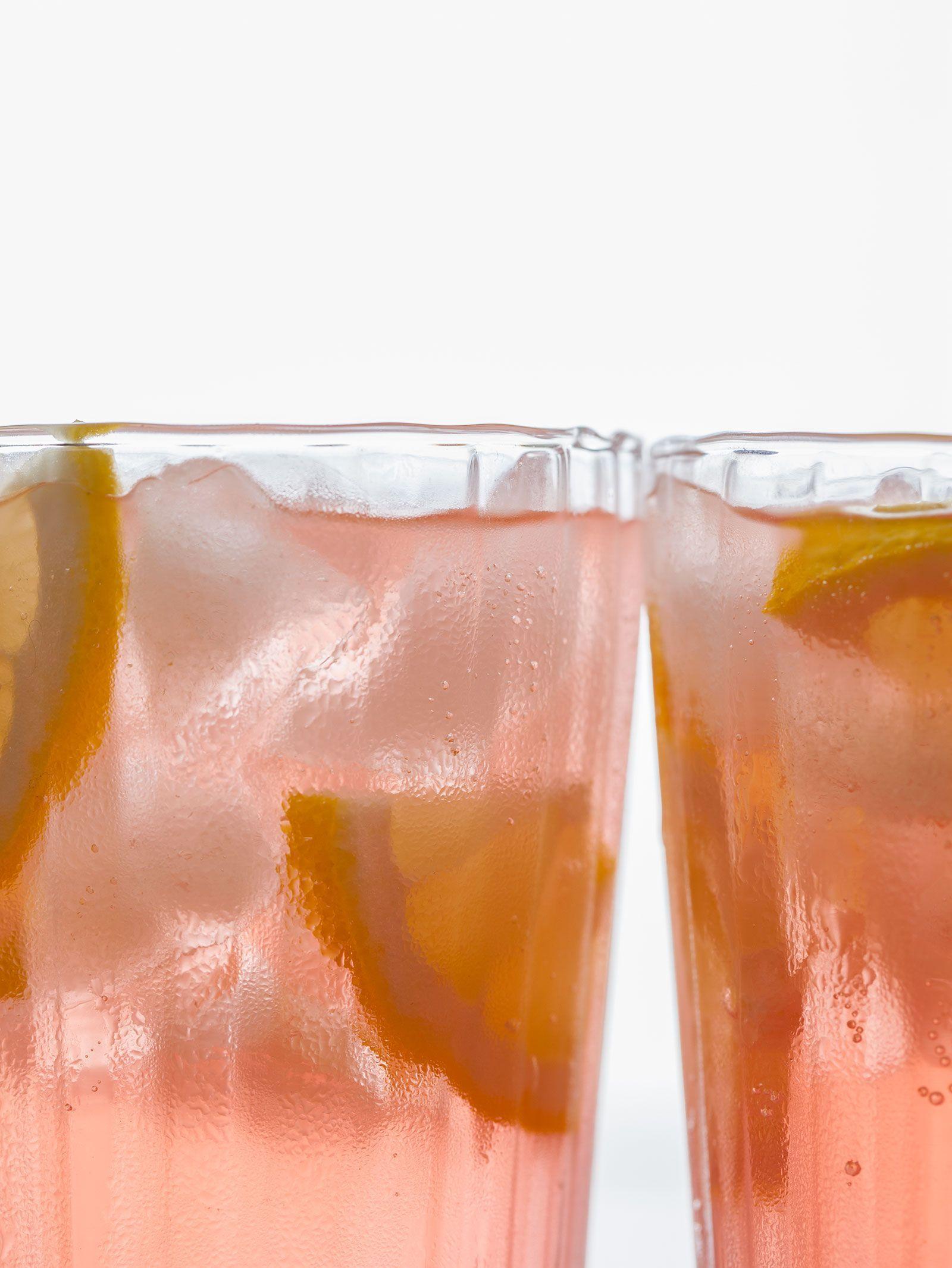 pink-lemonade-cocktail