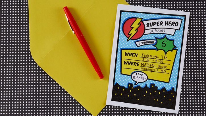 Invitación fiesta Superhéroes gratis