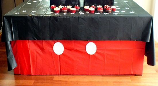 mickey-mouse-cupcake-stand-5