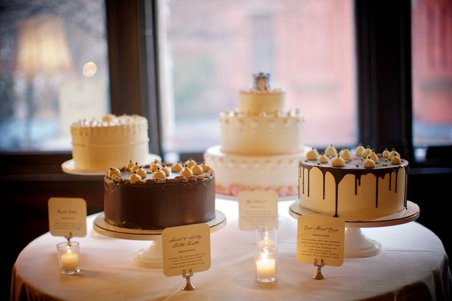 unique-wedding-cakes-dessert-table.original