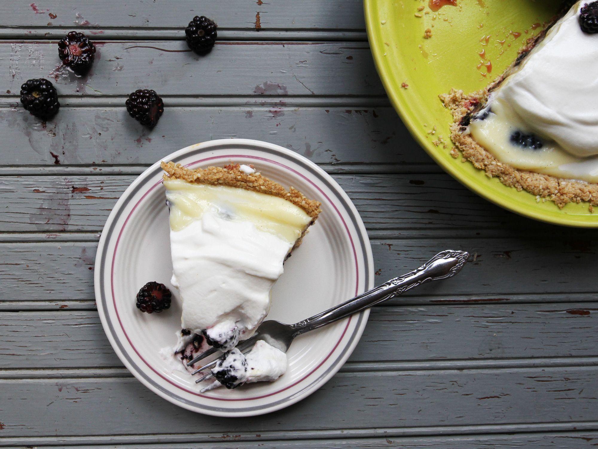 blackberry-cream-pie02_2000x1500