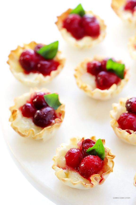 Cranberry-Baked-Brie-Bites-2