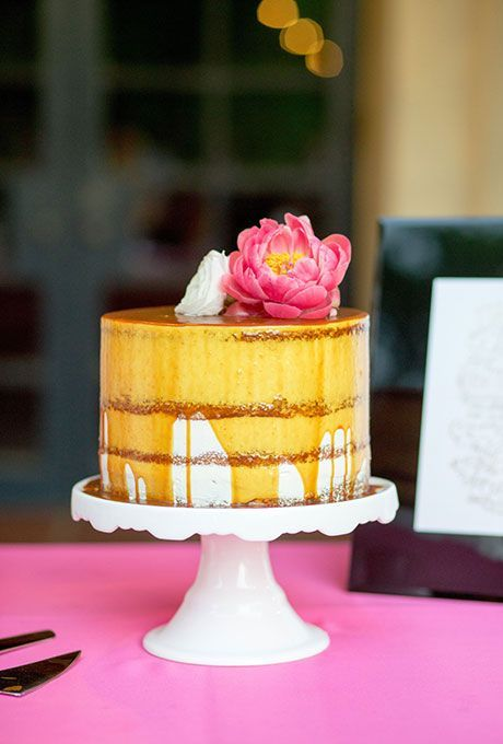 one-tier-wedding-cakes-ben-q-photography
