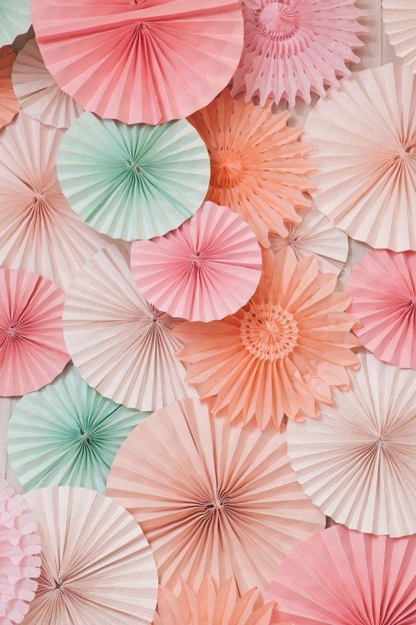 paper-fans-600x900