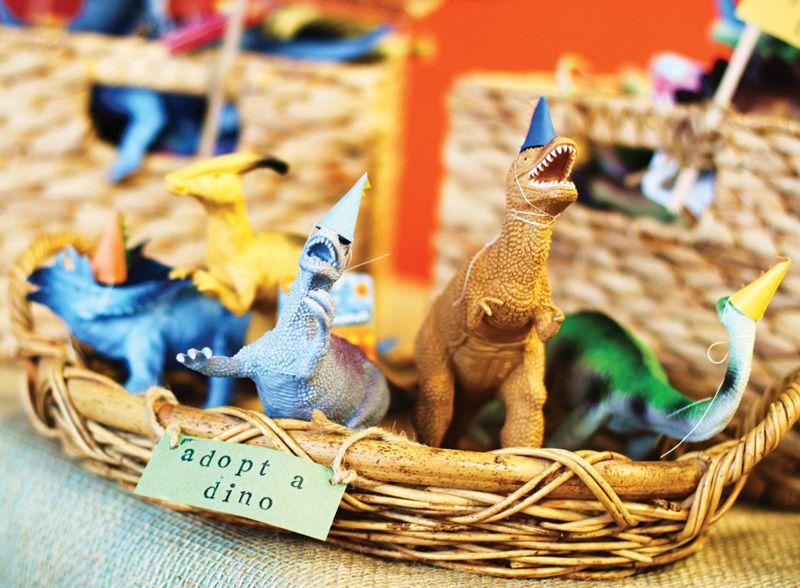 adopt-a-dinosaur-idea