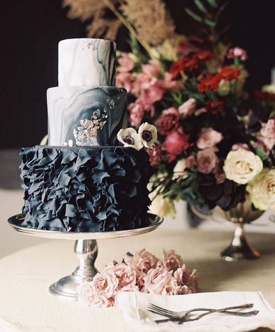 wedding-cakes-14-01312016-km.jpg