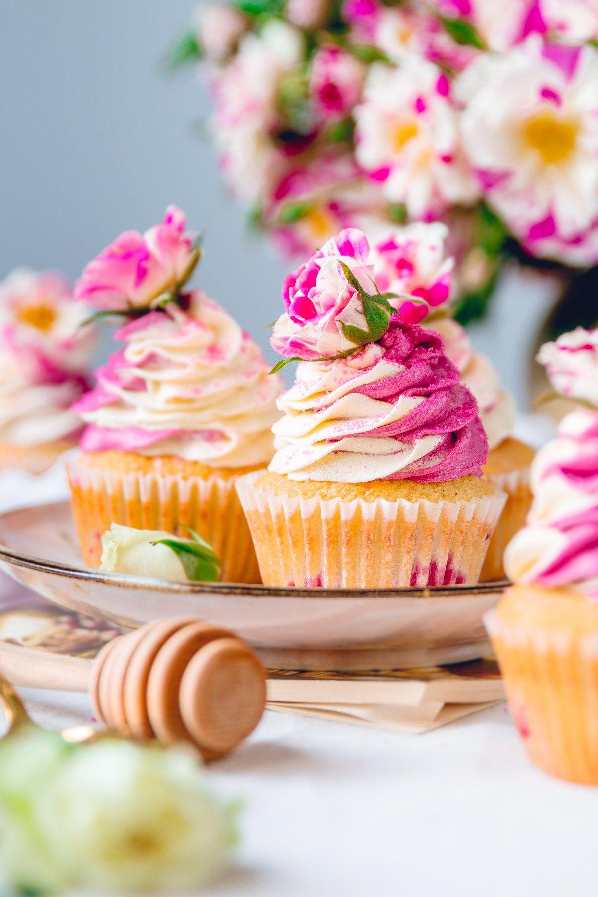 cupcakes_blackberry-8921.jpg