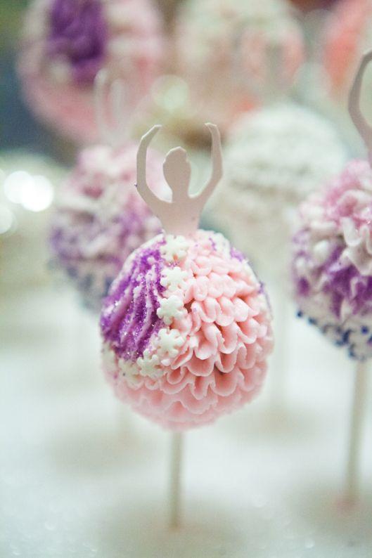 4-ballerina-cake-pops-3s