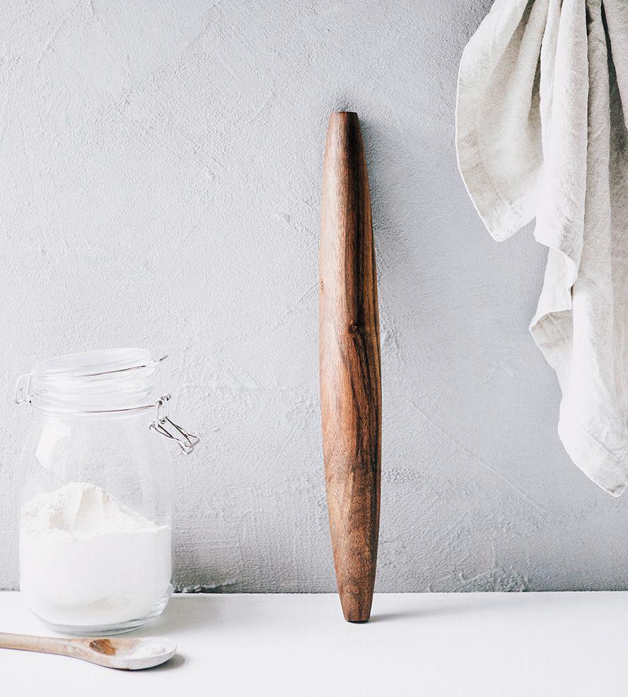 Walnut-Wood-French-Rolling-Pin-tiff_2_0_Tiff-Wood-Handcrafted-Walnut--French-Rolling-Pin-1.jpg